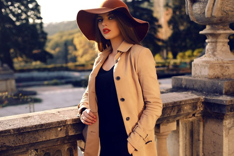 Trench Coats: 5 Ways to Master the Trend