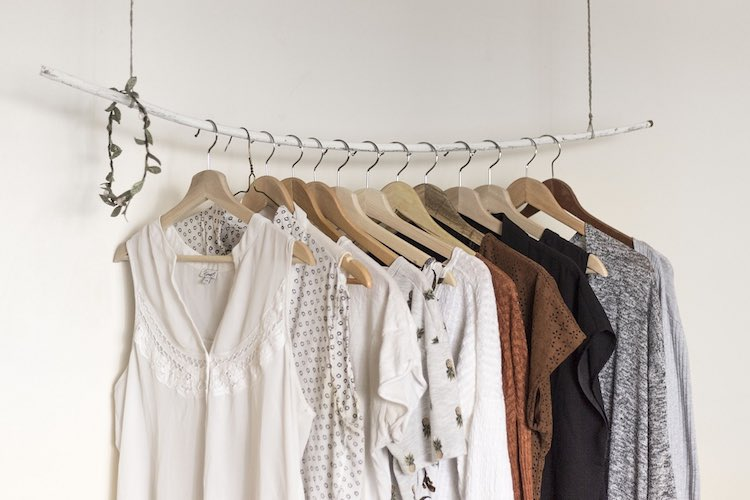 A Complete Guide to: Online Dress Hire