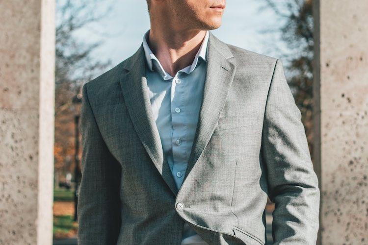 What Colour Shirt to Wear With a Grey Suit